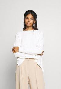 Selected Femme - SLFALBI  - Sweter - snow white - 0