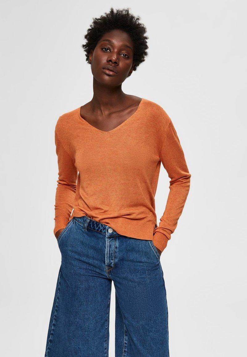 Selected Femme - SLFLINEL  - Sweter - caramel