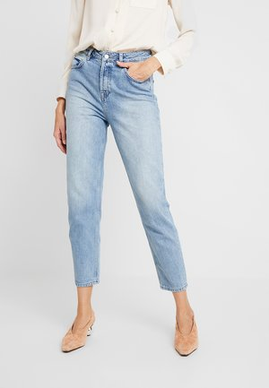 SLFFRIDA  MOM - Jeans Relaxed Fit - light blue denim