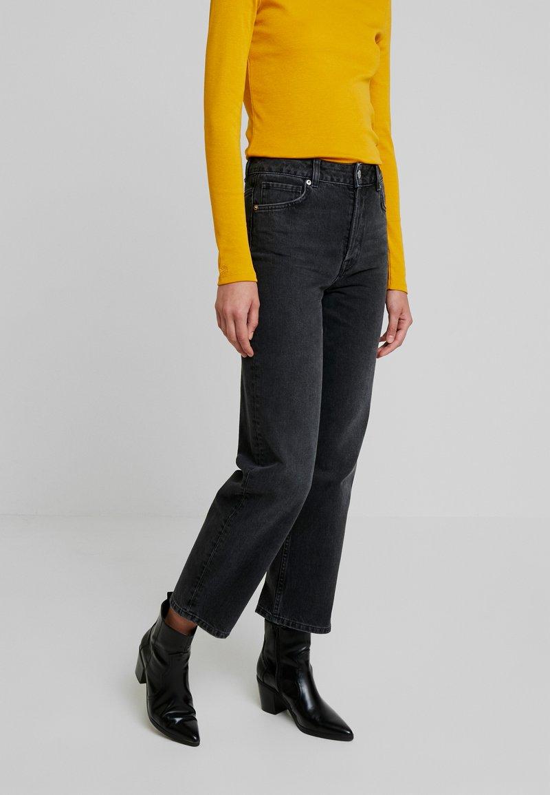 Selected Femme - SLFKATE STRAIGHT - Jeans Straight Leg - grey denim