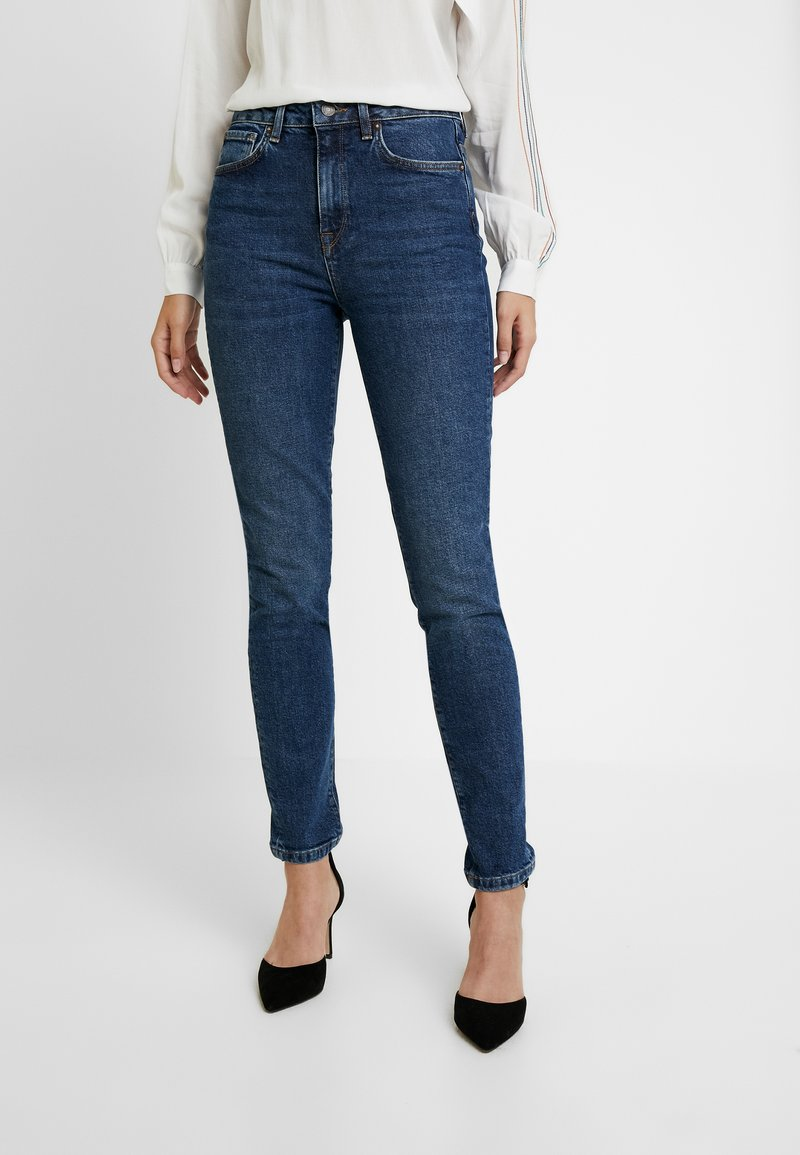 Selected Femme - SLFHALEY SLIM DELUGE - Slim fit jeans - dark blue denim