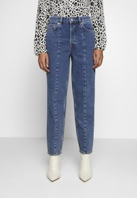 Selected Femme - SLFKATE AIM - Jeans straight leg - medium blue denim - 2