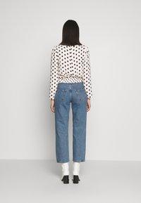 Selected Femme - SLFKATE RAIL - Straight leg jeans - medium blue denim - 2