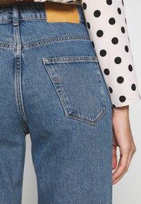 Selected Femme - SLFKATE RAIL - Straight leg jeans - medium blue denim - 5