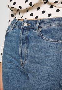 Selected Femme - SLFKATE RAIL - Straight leg jeans - medium blue denim - 3