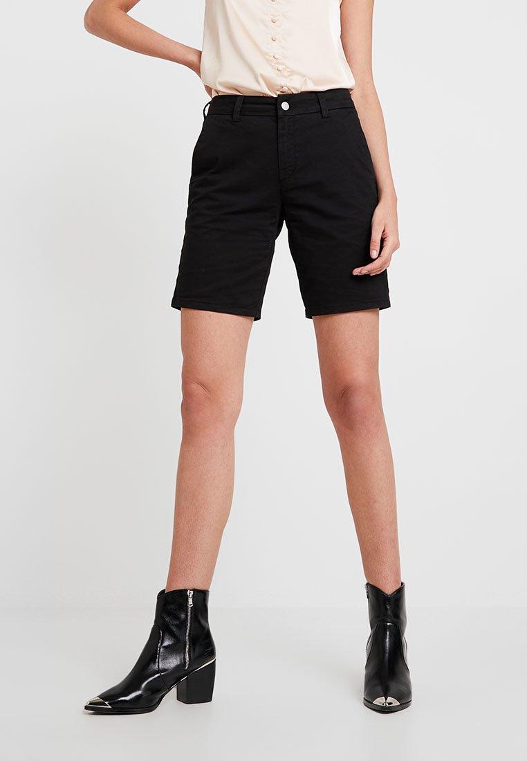 Selected Femme - SLFMEGAN - Shorts - black