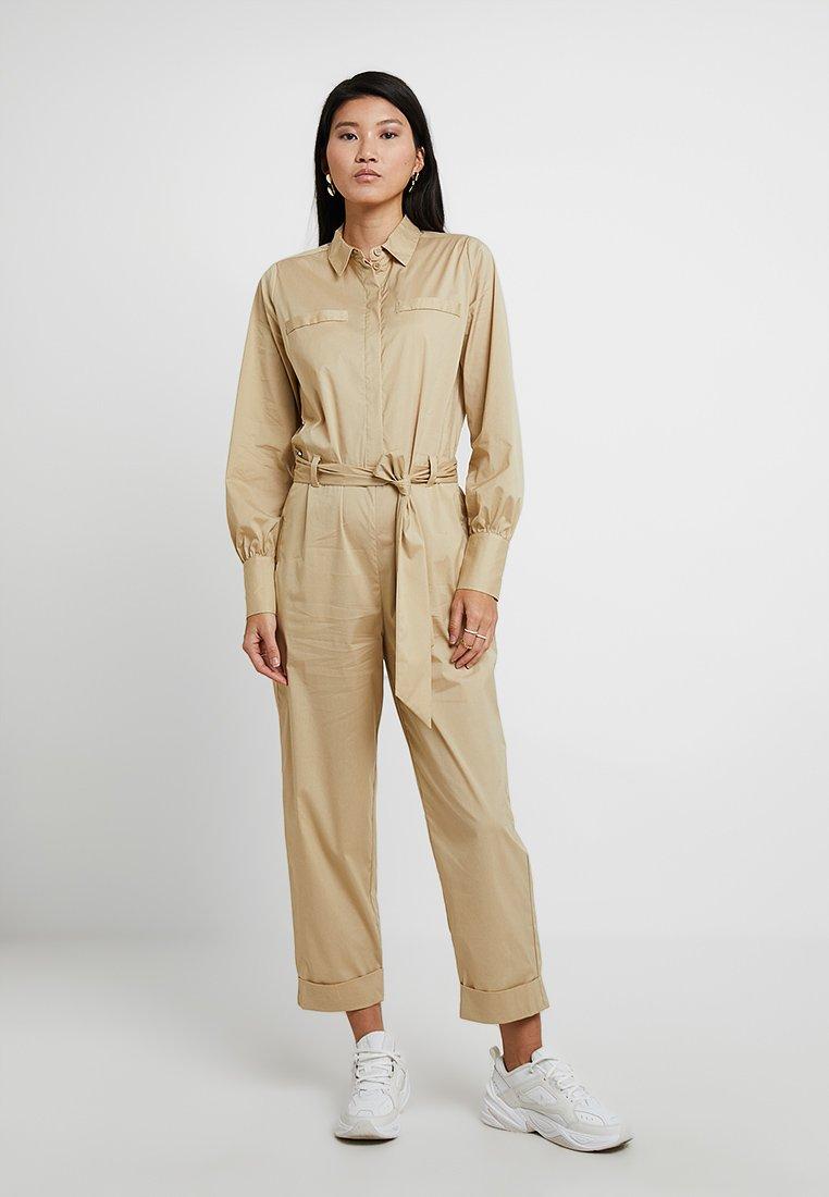 Selected Femme - SLFFLEA ANKLE - Jumpsuit - pale khaki