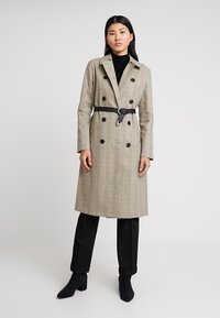 Selected Femme - SLFLYDIA COAT - Frakker / klassisk frakker - birch/brown - 0
