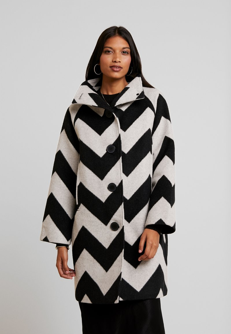 Selected Femme - SLFVINA COAT - Płaszcz wełniany /Płaszcz klasyczny - black