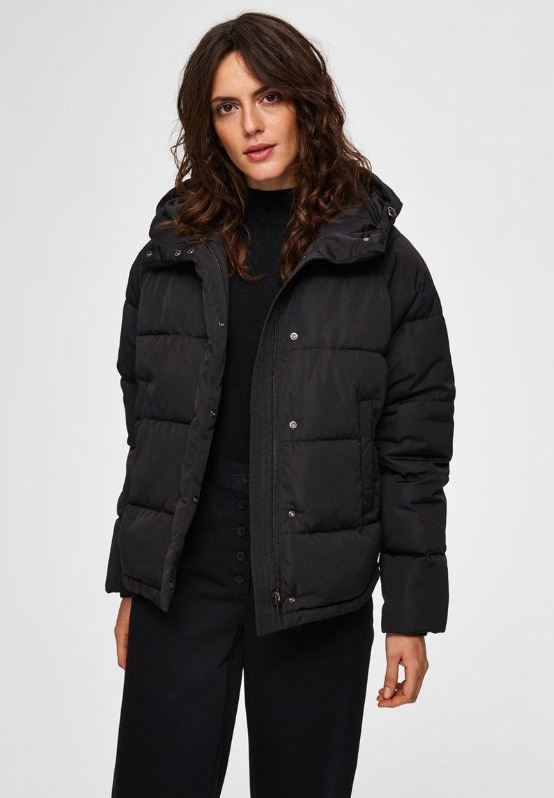 Selected Femme - Zimní bunda - black
