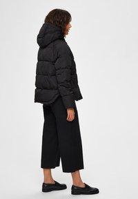 Selected Femme - Zimní bunda - black - 2