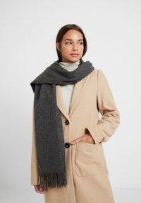Selected Femme - Sjaal - medium grey melange - 0