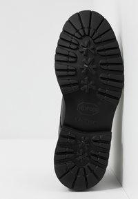 Selected Homme - SLHDANIEL CHUKKA BOOT - Botines con cordones - black - 4