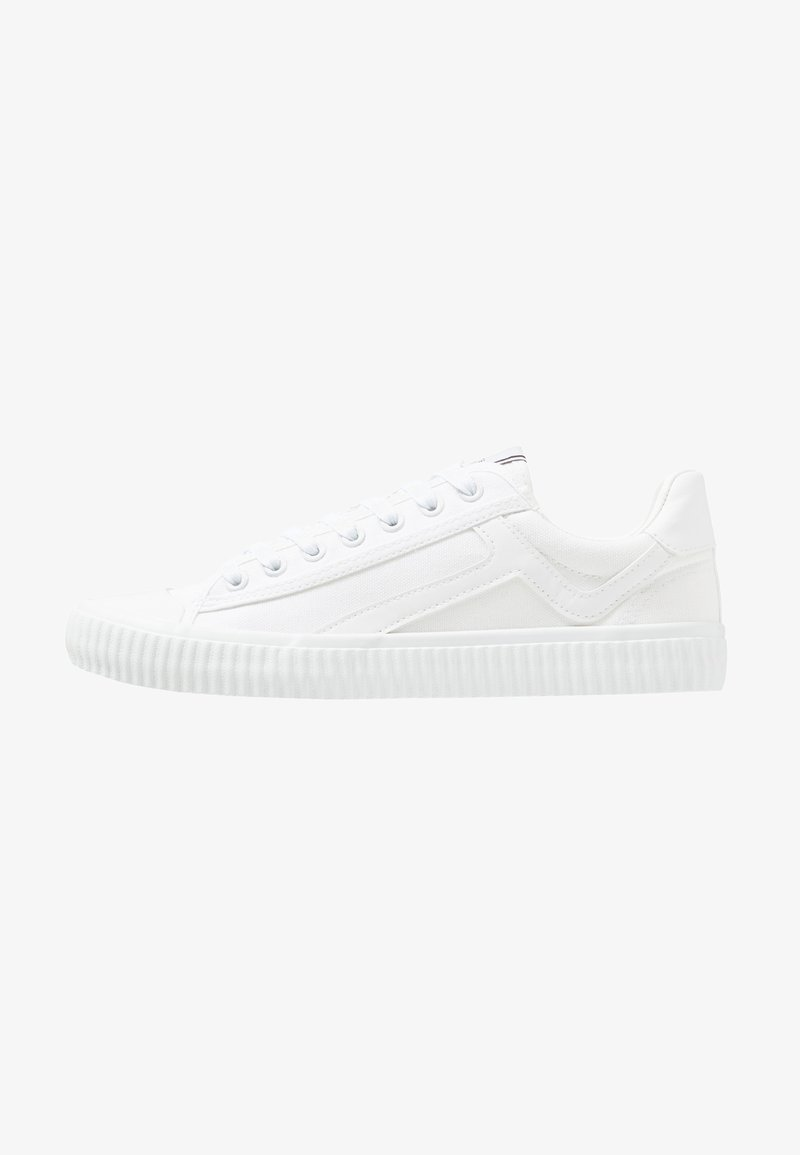 Selected Homme - SLHERIC TRAINER - Zapatillas - white