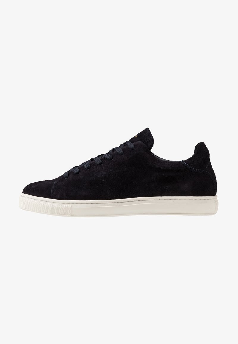 Selected Homme - SLHDAVID PERFORATED TRAINER - Baskets basses - dark navy