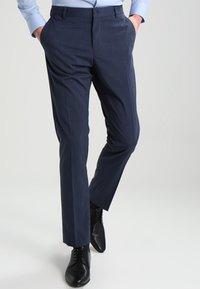 Selected Homme - SHDNEWONE MYLOLOGAN SLIM FIT - Oblek - medium blue melange - 3