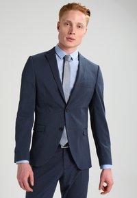 Selected Homme - SHDNEWONE MYLOLOGAN SLIM FIT - Oblek - medium blue melange - 0