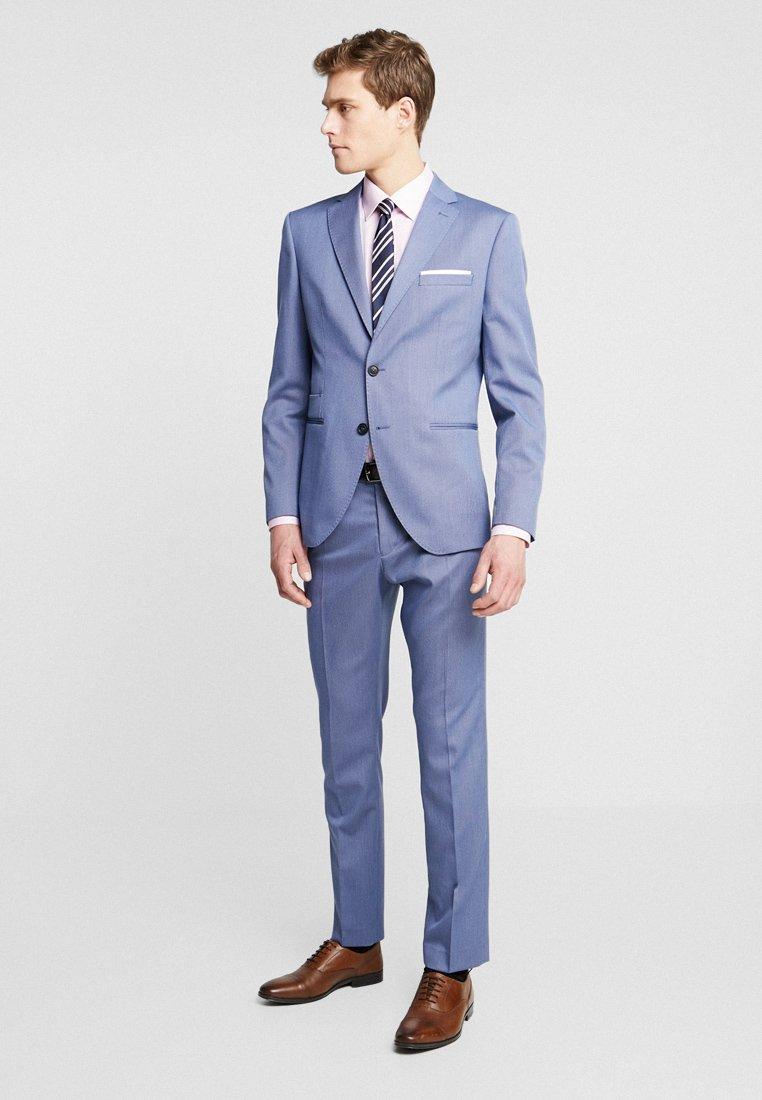 Selected Homme - SLHSLIM MAZESAINT SUIT SLIM FIT - Anzug - medium blue melange