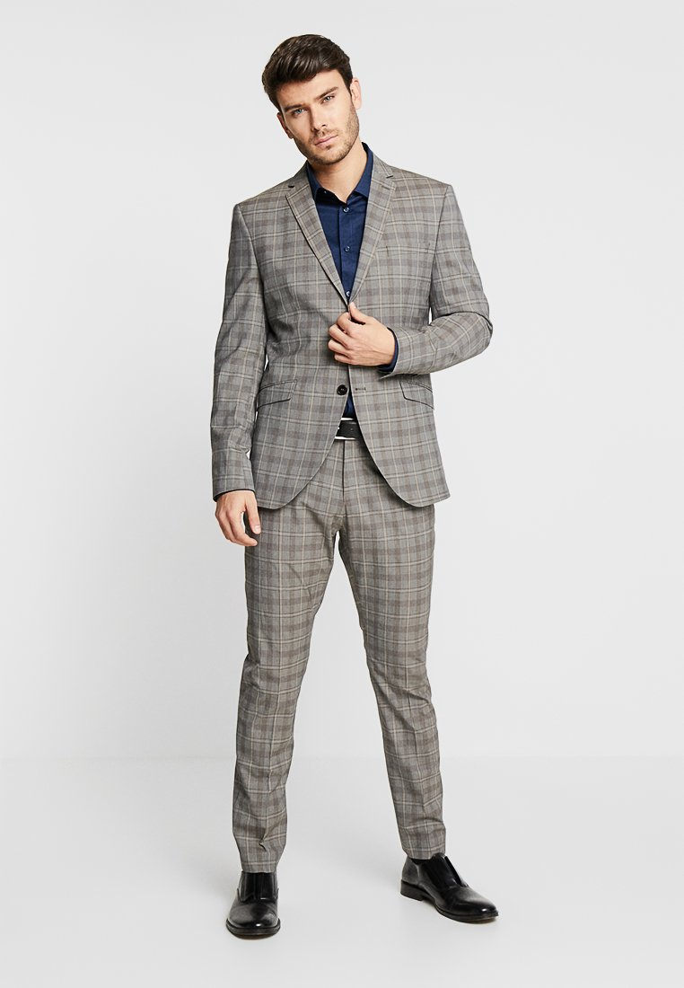 Selected Homme - SLHSLIM RICLOGAN CHECK SUIT - Costume - sand