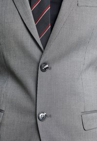 Selected Homme - SLHSLIM MYLOLOGAN SUIT - Oblek - dark grey melange - 11