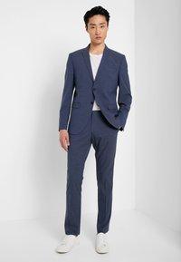 Selected Homme - SLHSLIM-MYLOLOGAN SUIT - Oblek - navy blazer - 1