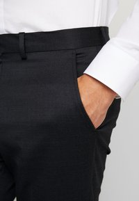 Selected Homme - SLHSLIM REX TUX SUIT - Costume - dark grey melange - 8