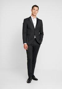 Selected Homme - SLHSLIM REX TUX SUIT - Completo - dark grey melange - 0