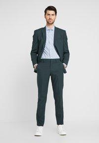 Selected Homme - SLHSLIM MYLOLOGAN SPRUCE SUIT  - Suit - darkest spruce - 1