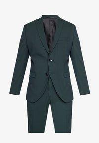 Selected Homme - SLHSLIM MYLOLOGAN SPRUCE SUIT  - Suit - darkest spruce - 10