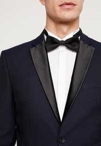 Selected Homme - SLHSLIM-TIGALOGAN TUX SUIT - Kostuum - dark navy - 7