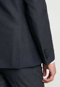 Selected Homme - SLHSLIM MYLOTOBE SUIT - Oblek - dark navy - 8