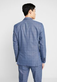 Selected Homme - SLHSLIM MYLOMORY CHECK SUIT - Oblek - medium blue/light blue - 5