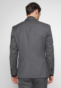 Selected Homme - SLHSLIM MYLOHAZE SUIT  - Oblek - grey - 3