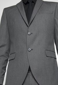 Selected Homme - SLHSLIM MYLOHAZE SUIT  - Oblek - grey - 8