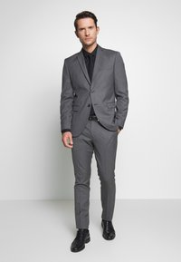 Selected Homme - SLHSLIM MYLOHAZE SUIT  - Oblek - grey - 0