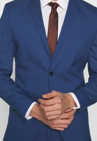 Selected Homme - SLHSLIM MYLOLOGAN SUIT - Completo - blue - 7