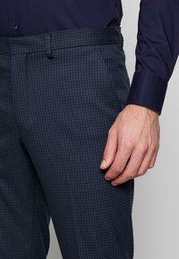 Selected Homme - SLHSLIM ANDRE  - Oblek - dark blue/green - 7