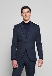 Selected Homme - SLHSLIM ANDRE  - Oblek - dark blue/green - 2