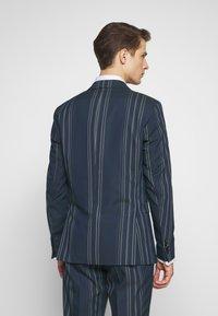 Selected Homme - MYLOLOGAN  - Colbert - navy blazer/white - 2
