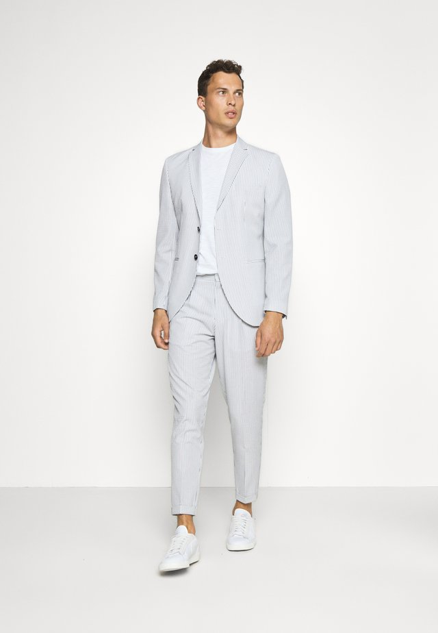 SLHSLIM YONG WHITE STRIPE SUIT - Oblek - white/blue