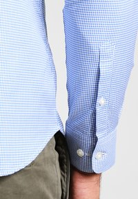 Selected Homme - SHDONENEW MARK SLIM FIT - Formal shirt - skyway - 4