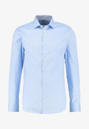 SHDONENEW MARK SLIM FIT - Formální košile - light blue