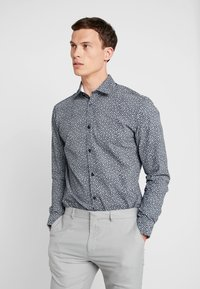 Selected Homme - SHDONENEW MARK SLIM FIT - Formal shirt - dark sapphire - 0