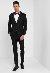 Selected Homme - SHXONETUX SLIM FIT - Košile - bright white - 1