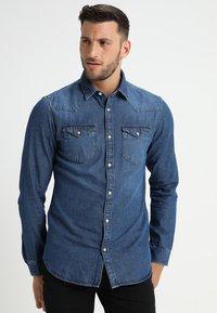 Selected Homme - SLHSLIMNED SMITH - Košile - medium blue denim - 0