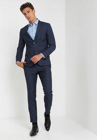 Selected Homme - SLHSLIMBROOKLYN - Hemd - light blue - 1