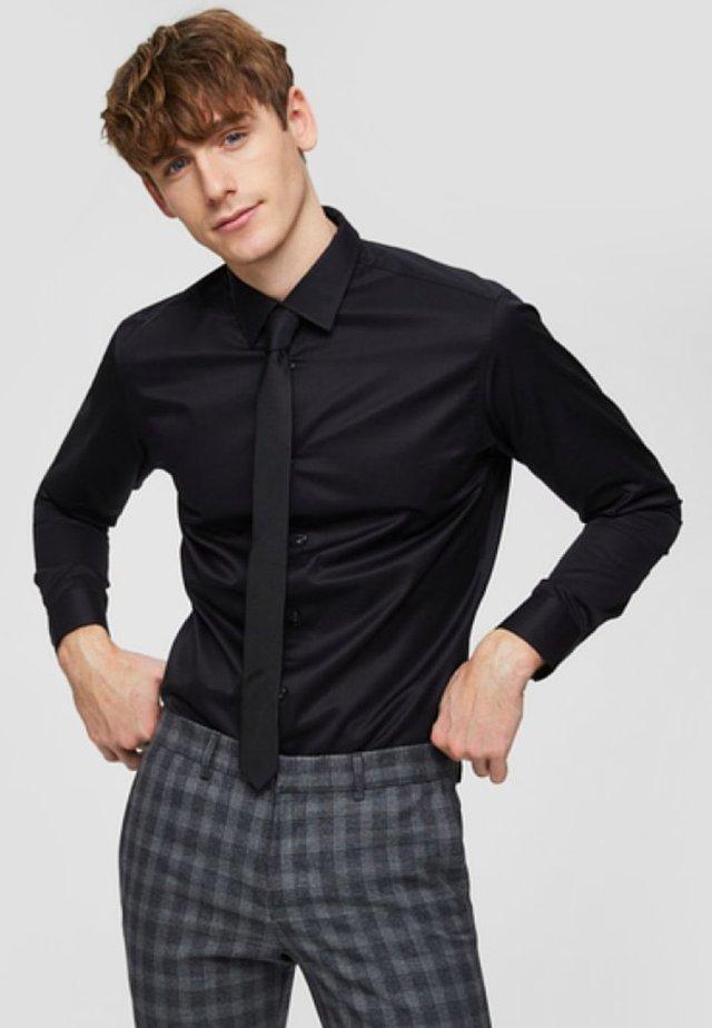 SLHSLIMPEN - Formal shirt - black