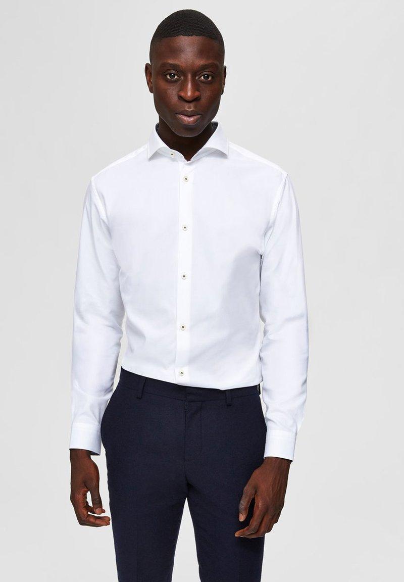 Selected Homme - SLIM FIT - Skjorter - bright white