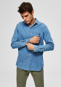 Selected Homme - Chemise - medium blue denim - 0