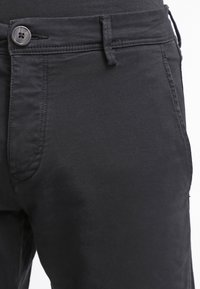 Selected Homme - SHHONE LUCA - Pantalones chinos - black - 4